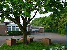 Image of Garland Junior School, Burghfield Common